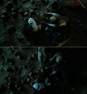 Dans une grotte sous terre la nuit, on y voit pareil avec une torche (en haut) ou sans (en bas).