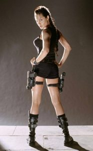Angelina Jolie Lara Croft en short