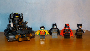 Panzer invasion Batcave Gueule Argile Batwoman Robin 76122 Batman Lego movie