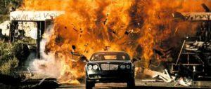 Doosmday boum explosion poursuite en voiture