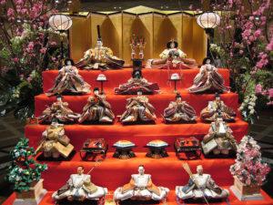 Hina Matsuri cour poupées